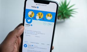 Jenis Sosial Media Marketing twitter